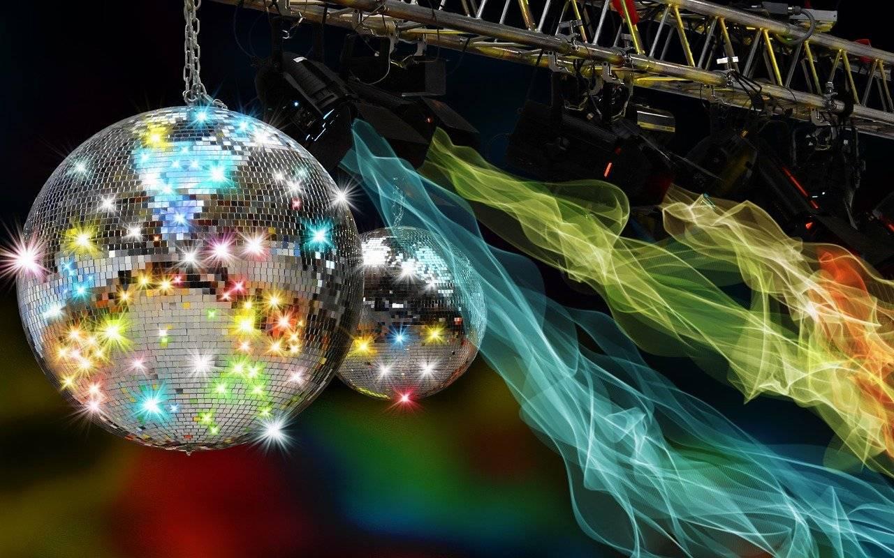 Все легендарные ВИА 70-80-90-х на одной сцене! 2 мая КЦ «Вдохновение» (Москва, Ясенево, Литовский б-р, 7)