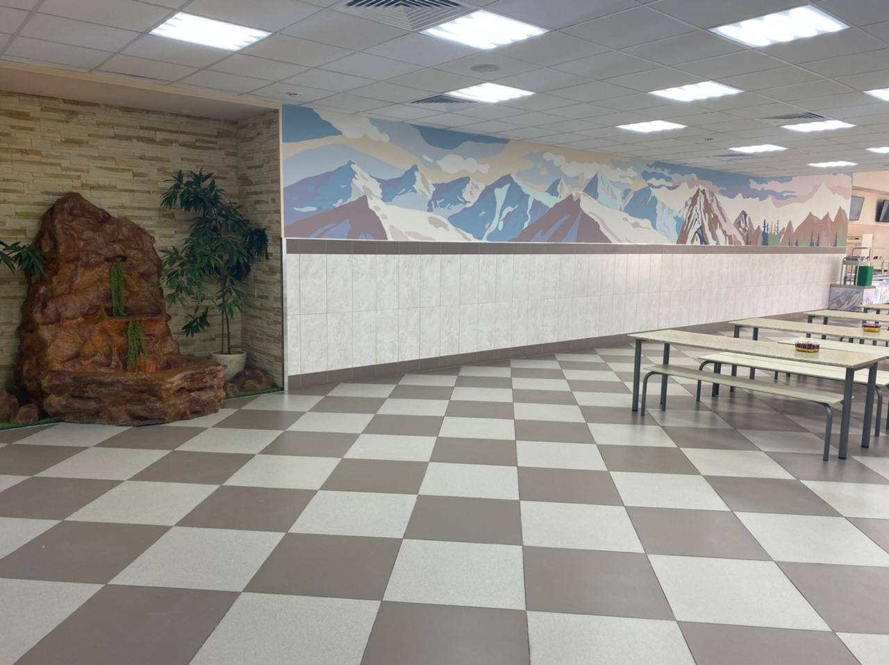 Решающую роль в выборе тематики школьного ресторана ГБОУ Школы №709 г. Москвы сыграли обучающиеся