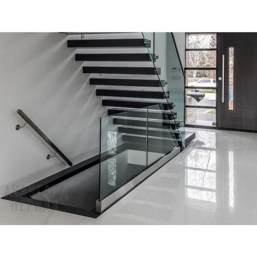 Ограждения на лестницы из закаленного стекла