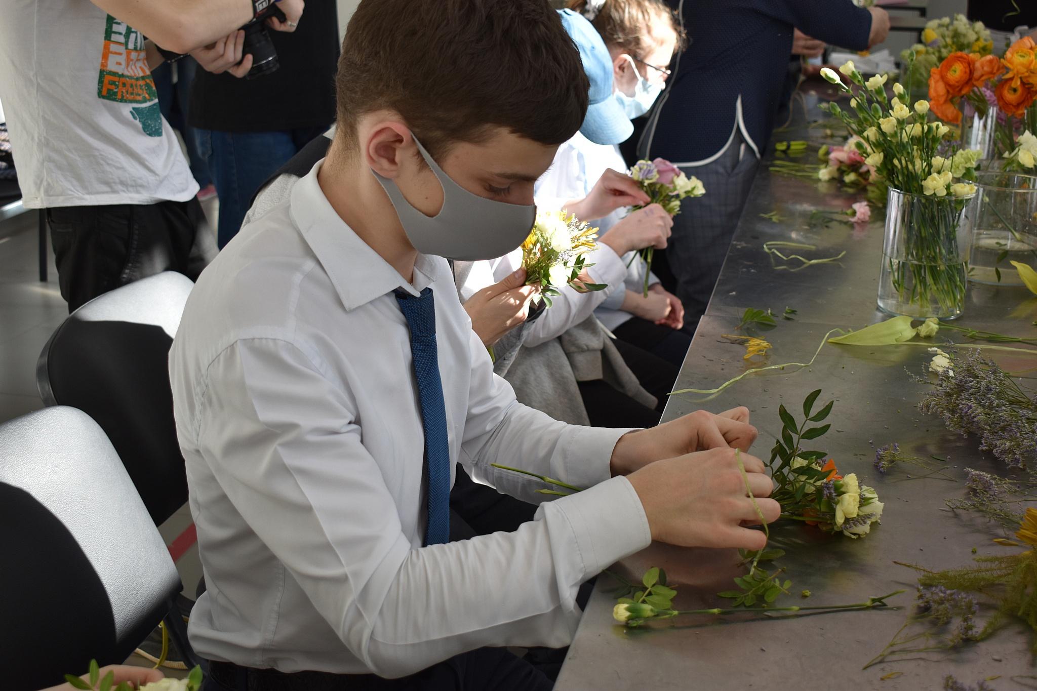 В Казани прошли экскурсии для подростков с инвалидностью
