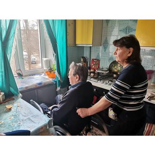 ОНФ просит власти Воронежа ускорить установку подъемника для инвалида