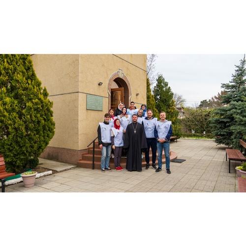 Добровольческий отряд «Союза Маринс Групп» помог в подготовке храма
