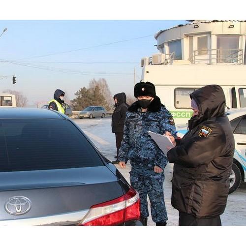 На рейдах томских приставов граждане гасят долги, не дожидаясь арестов