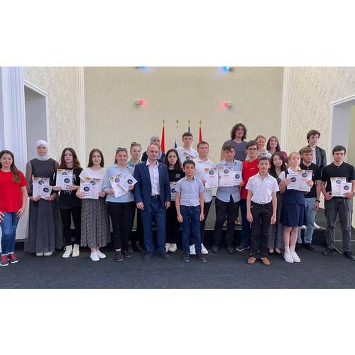 17 человек в КБР стали «мастерами слова»