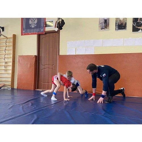 Активисты на Камчатке провели турнир по грэпплингу