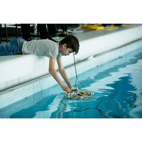 Соревнования по подводной робототехнике проходят во Владивостоке