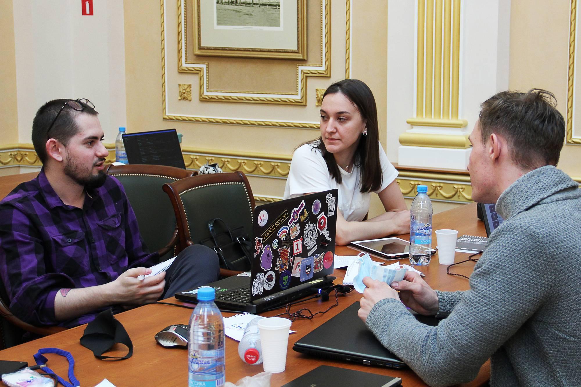 Лучшие идеи хакатона поддержаны экспертами СоюзМаш Росси