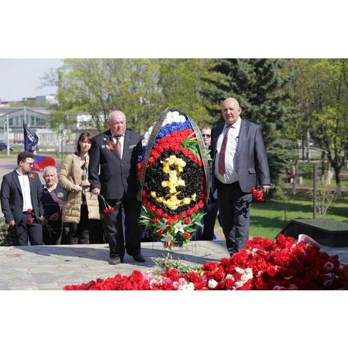 «Союз Маринс Групп» в День Победы почтил память павших в бою за Родину