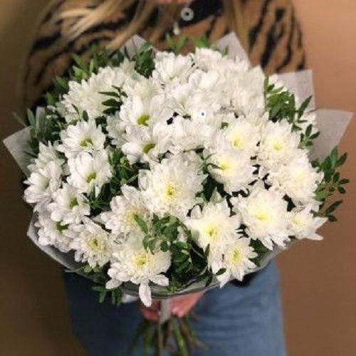 Искусственные и живые цветы для интерьера: как выбрать?