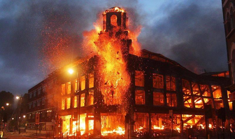 Нарушение пожарной безопасности: запорные устройства не обеспечат автоматическое пожаротушение в случае возникновения пожара