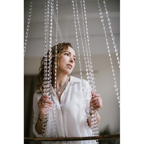 Певица Mashu выпустила дебютный альбом «Просто приснилась»