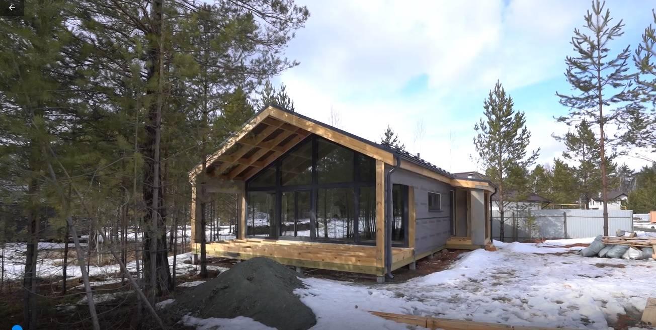 Необычный дом с окнами Deceuninck на youtube-канале «Эпоха Застроя»