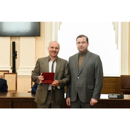 Сотруднику Смоленскэнерго присвоено звание Заслуженный энергетик РФ