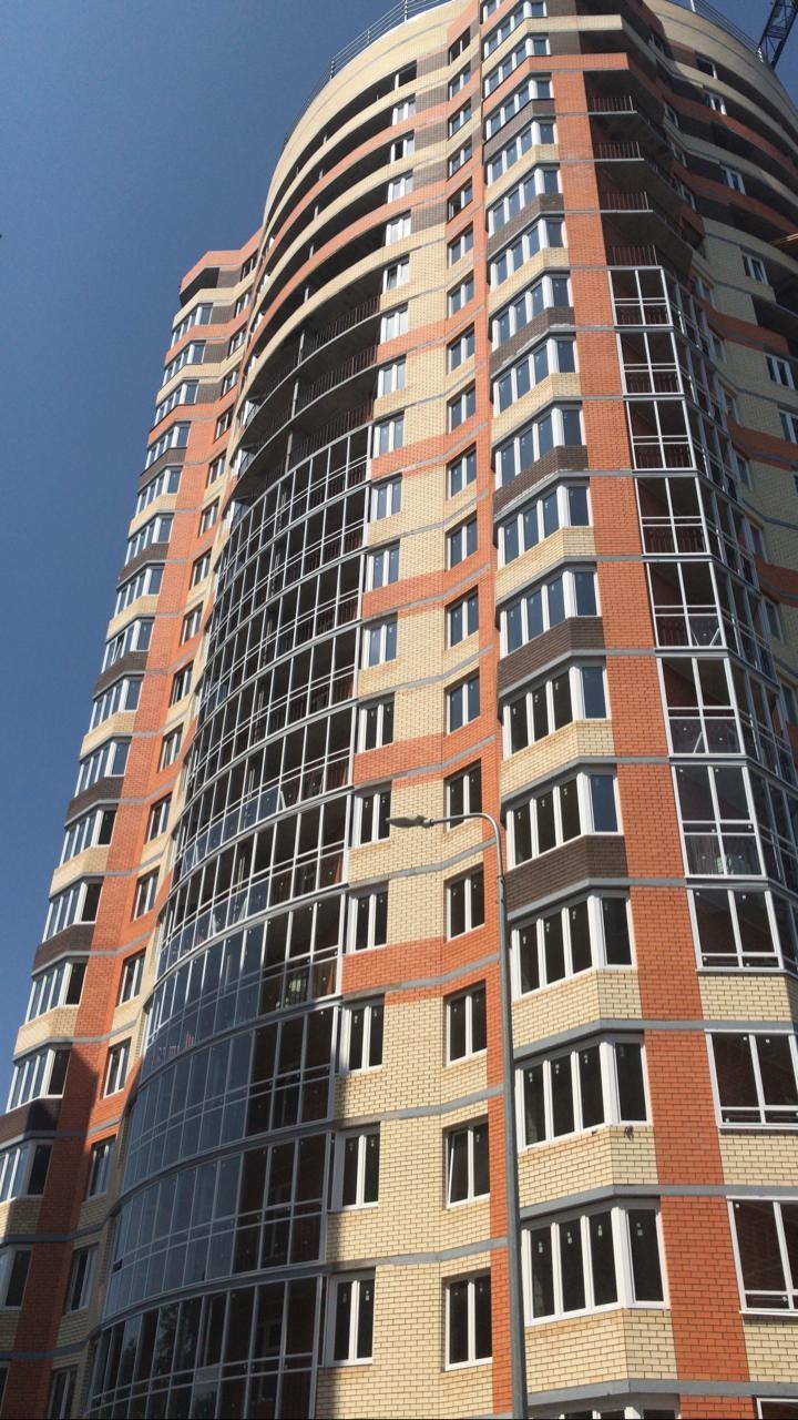 Новый ЖК в Чебоксарах остеклили окнами Deceuninck
