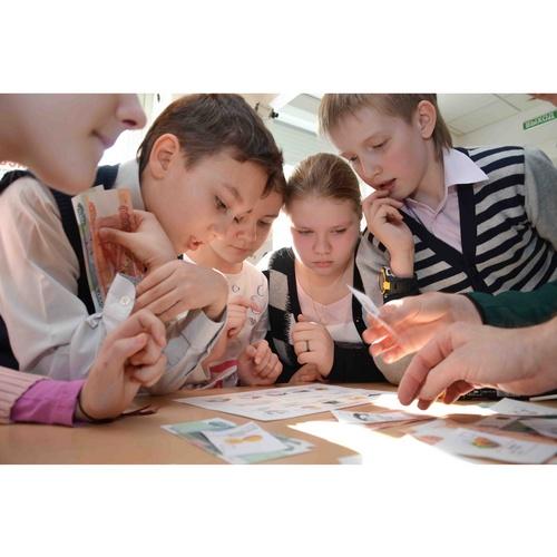 Преподавание финграмотности станет обязательным в 1–9 классах школ