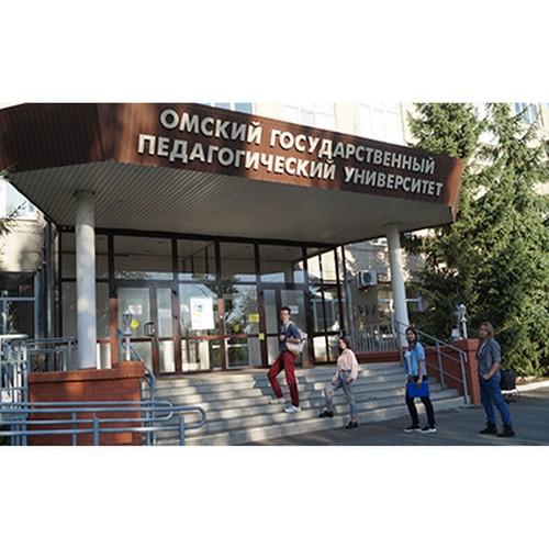 Ученые и студенты ОмГПУ исследуют самое богатое нефтяное месторождение
