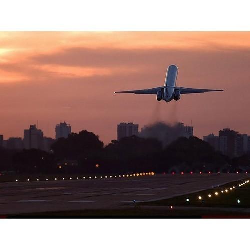 Россия увеличивает число авиарейсов в ряд стран