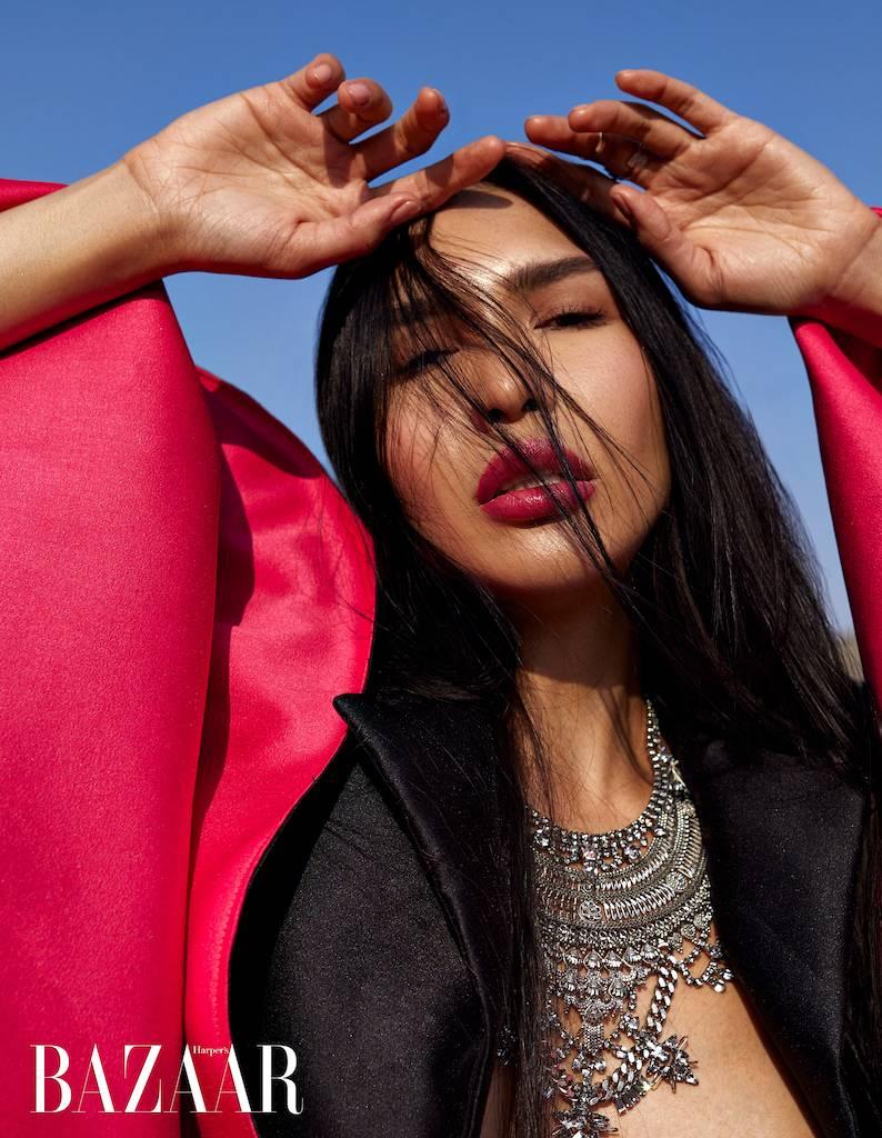 Zarina Yeva: сказка о волшебной птице для Harpers Bazaar