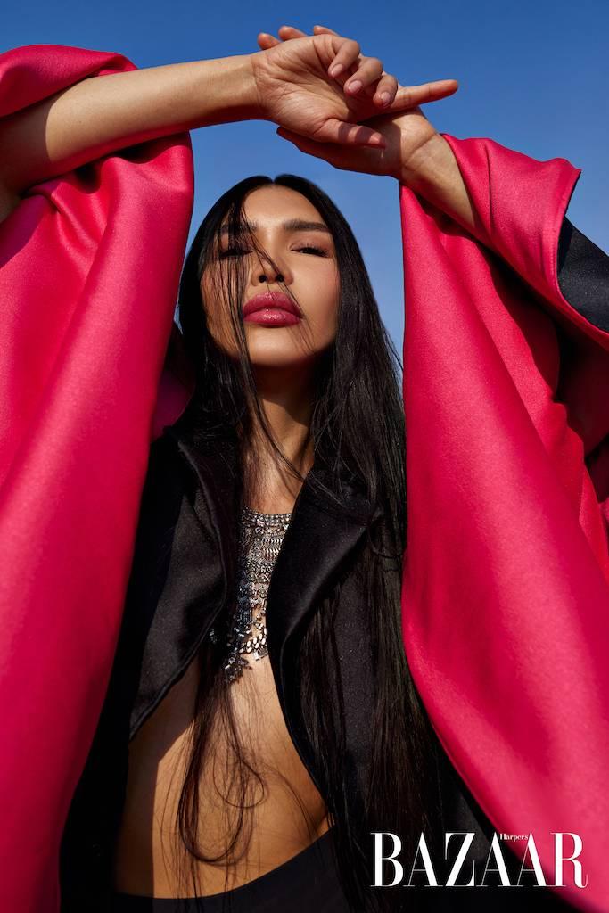 Zarina Yeva on cover Harper's Bazaar