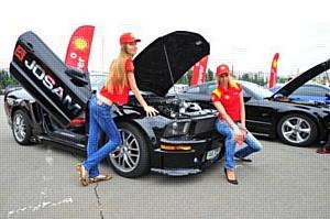Драйв, спорт, красота и адреналин – праздник от Shell и Car&Tuning Show 2011
