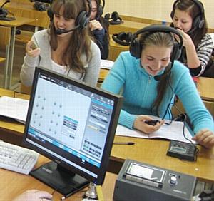Лингафонное оборудования Sanako для факультета иностранных языков СПб ГПУ