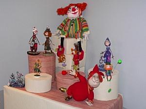 """Белый клоун, Рыжий клоун - выставка в Галерее """"Ручная Работа"""""""