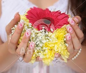 Свадебный антураж ногтей. Руководство для невест.