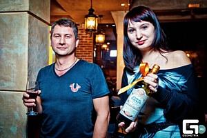Сертификат на праздничный шоппинг-тур разыграли в Краснодаре при поддержке «Кубань-Вино»