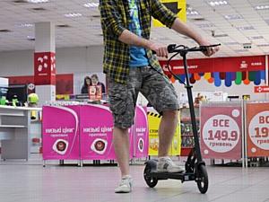 «Фокстрот» начинает продажи электротранспорта