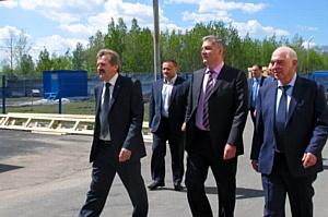Вице-губернатор региона Иван Сеничев посетил Миасский завод медицинского оборудования