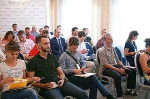 Топ-менеджеры Санкт-Петербурга взяли ориентир на клиентов вместе с «1С-Рарус»