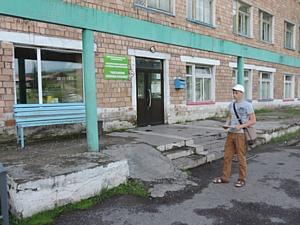 Активисты ОНФ в Хакасии проверили наличие доступной среды в районном центре Таштып