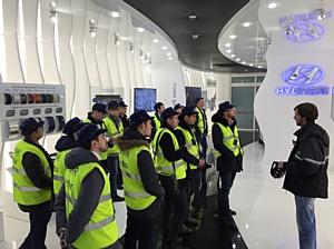 Рольф Лахта провела для ключевых клиентов экскурсию на заводе Hyundai