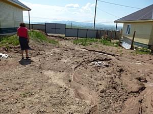 ОНФ в Хакасии держит на контроле устранение брака в домах для погорельцев в селе Шира
