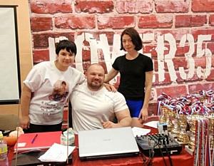 Вологда: Турнир собрал сильнейших пауэрлифтеров России