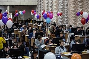 В ВНТУ состоялся полуфинал студенческого командного первенства мира по программированию АСМ-ІСРС
