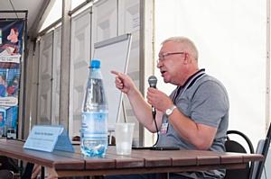 Олег Морозов: «ОНФ не станет партией и на Болотной не все враги»