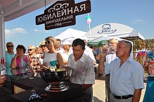 Агрофирма и Винодельня «Юбилейная» отметили начало сбора винограда фестивалем «Таманская лоза»