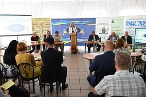 «Фокстрот» поздравил партнеров с Днем работников торговли
