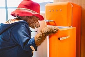 Медведь Паддингтон посетил офис Smeg