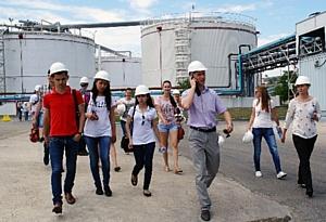 Студенты КубГТУ посетили завод ООО «Пищевые Ингредиенты»