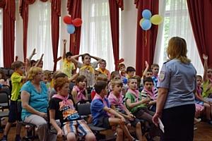 Инспекторы ПДН Зеленограда поговорили с детьми о безопасности