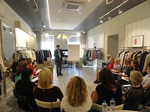 В С-Петербурге завершено обучение руководителей розничных магазинов итальянского бренда Anna Verdi.