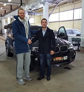 Высоким людям - высокое качество: СК Клувер застраховала автомобиль известного баскетболиста