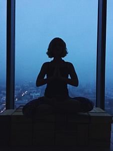 Студия Doctor Yoga открылась на 31 этаже БЦ Высоцкий
