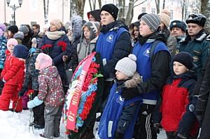 Активисты ОНФ приняли участие в митингах в честь Дня неизвестного солдата в Великом Новгороде