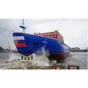 Со стапелей Балтийского завода спущен на воду второй серийный атомный ледокол «Урал»