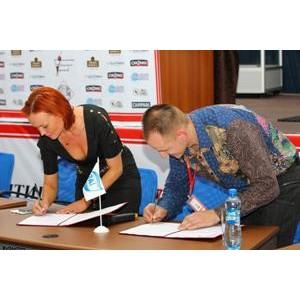 «Балтика» и Б.А.Р. подписали в Смоленске соглашение о совместном развитии ответственного потребления