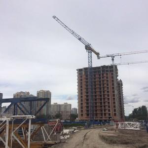 «Аквилон-Инвест» установил первый башенный кран на стройплощадке ЖК «4you»