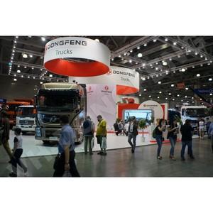 Компания VH-Dongfeng представила тягач-флагман Dongfeng KX на «СТТ-2015»